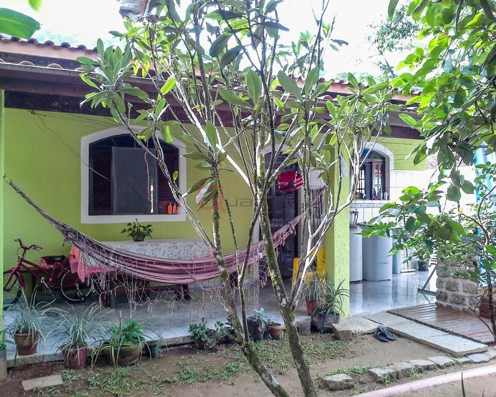 Casa com 2 dormitórios (1 suíte) à venda em Caraguatatuba, no bairro Mar Verde Ii
