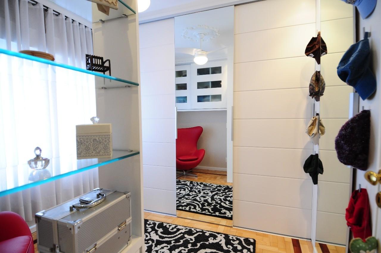 Closet Feminino-SIMONE BRASIL
