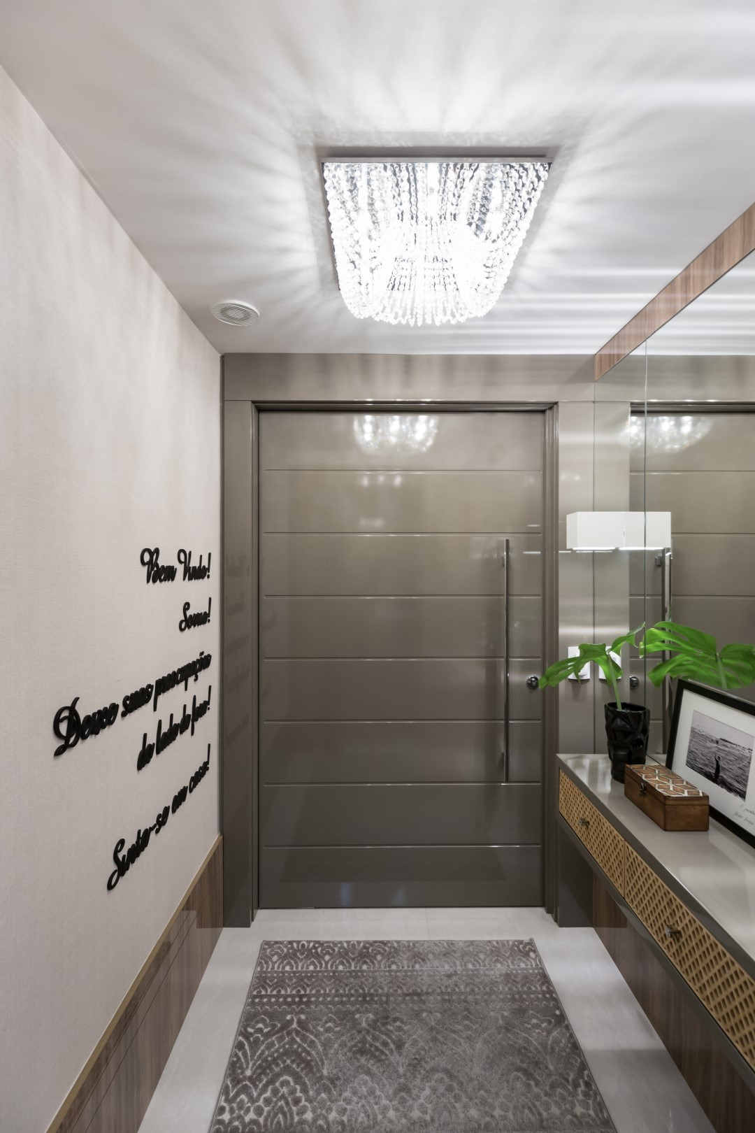Apartamento 2 - Hall-LUCIANA NUNES ARQUITETURA