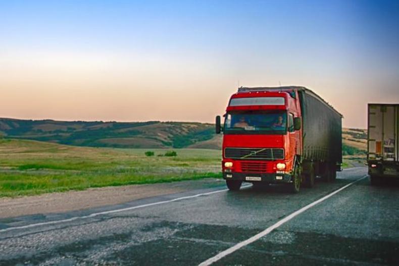 Aumento da carga tributária pode atrasar retomada do varejo