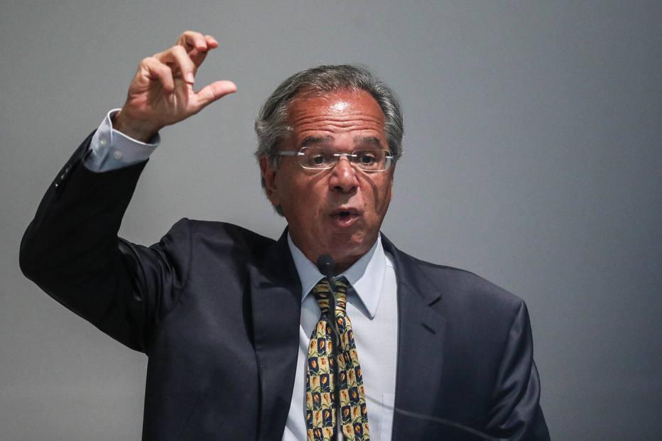 Carga tributária ideal é 20%, diz Paulo Guedes