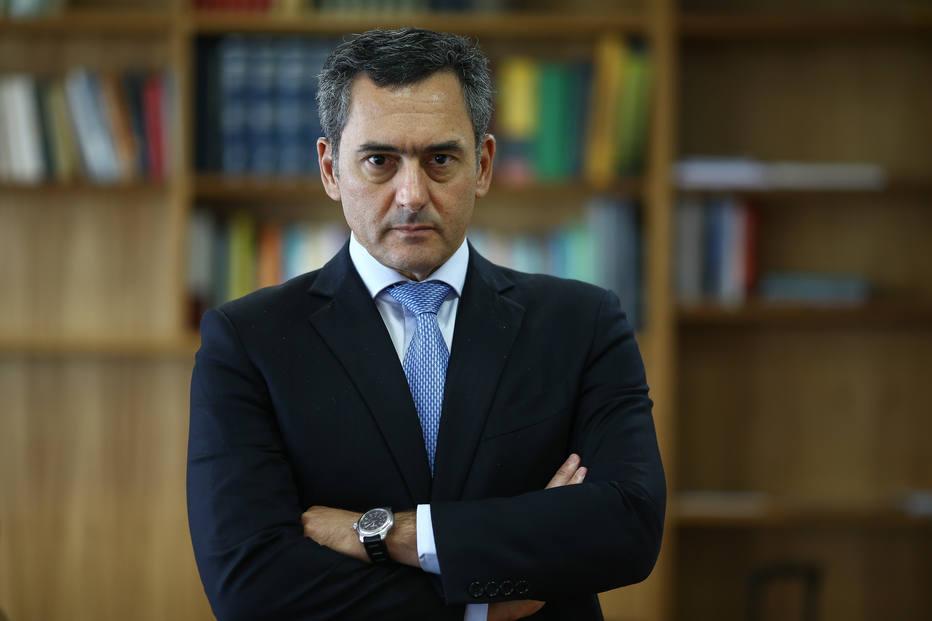 'País deve seguir tendência global de cortar impostos', diz Guardia