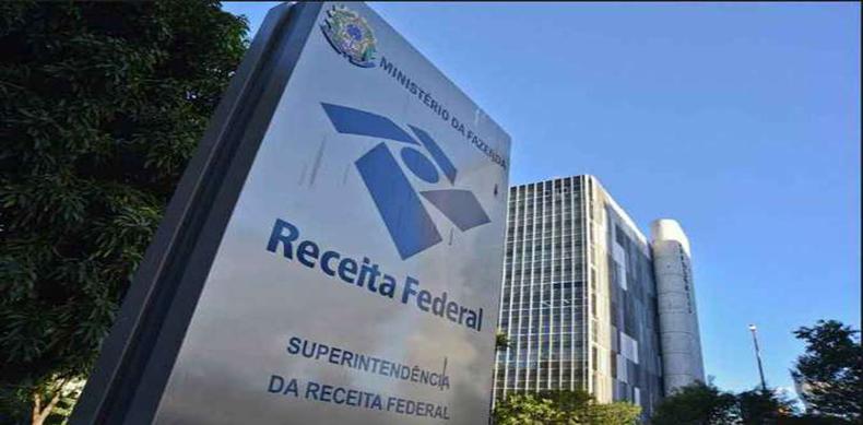 Receita Federal autua sonegadores de impostos em R$ 186,87 bilhões