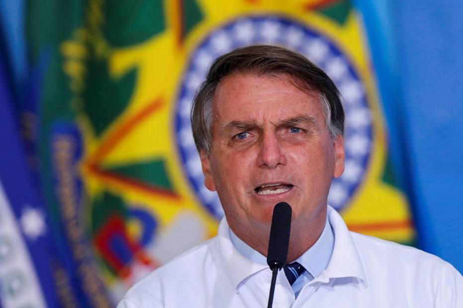 Para conter alta do combustível, Bolsonaro quer ICMS fixo sobre diesel