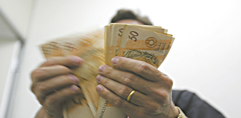 Cearenses pagaram mais de R$ 19,4 bilhões em impostos neste ano