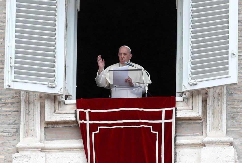 Pagamento de impostos é um dever do cidadão, diz papa