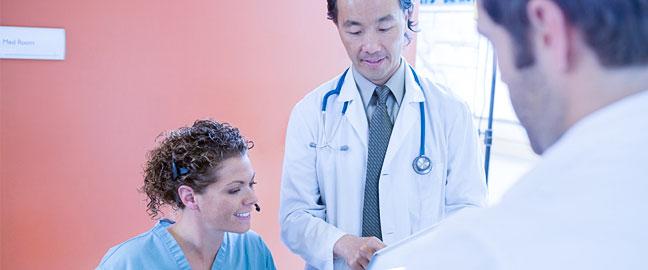 contratar uma recepcionista para clínicas e consultórios