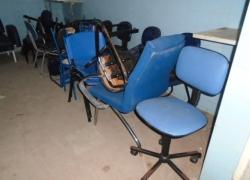 cadeiras-e-longarinas