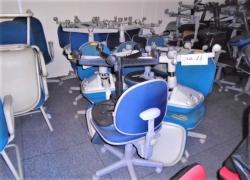 cadeiras-giratorias-nas-cores-azul-com-cinza
