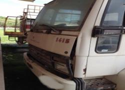 sucata-caminhao-comboio-ford-cargo