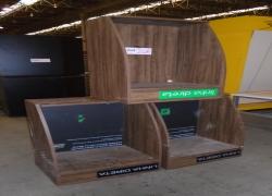 cabines-tipo-telefone-em-madeira