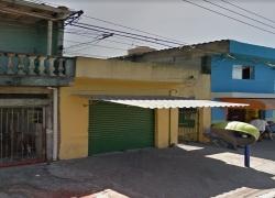 casa-com-salao-comercial-em-guaianazes-sp