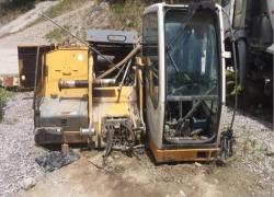 sucata-escavadeira-hidraulica-liebherr-r-c