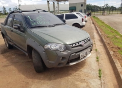 veiculo-fiat-strada-adventure-cd