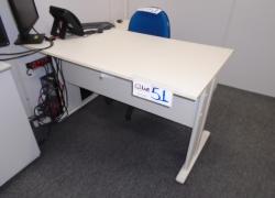 armario-mesa-gaveteiro-e-cadeira