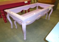 mesas-expositoras-na-cor-rosa