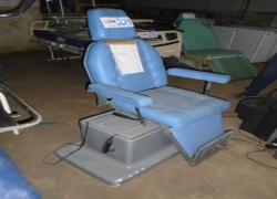 cadeira-tipo-otorrino-na-cor-azul-notredame