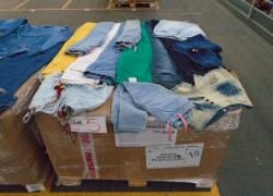 aprox-pecas-de-calcas-shorts-jeans-e-outros-com-defeitos-e-ou-avarias