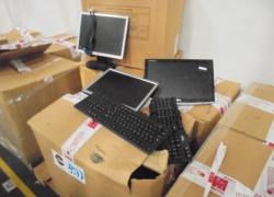 APROX. 60 MONITORES DE LCD E 23 TECLADOS