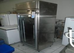 freezer-vertical-em-aco-inox-para-laboratorio-notredame