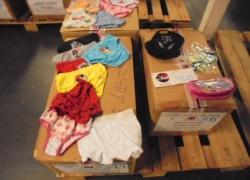 aprox-pecas-de-roupas-infantis-diversas