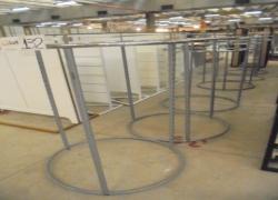 araras-metalicas-redondas-com-vidros
