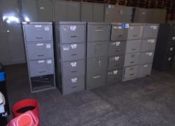 arquivos-de-aco-com-gavetas