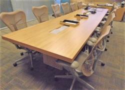 mesa-de-reuniao-retangular