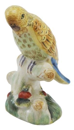 Escultura em Porcelana Pássaro Amarelo - 10x7x7cm