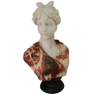 Busto em Mármore Mulher - 18x60x40cm