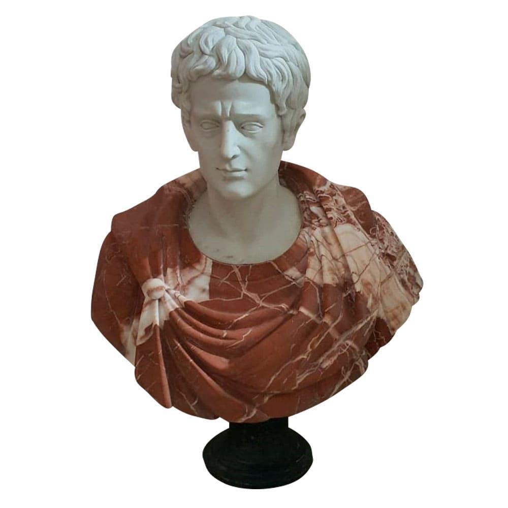 Busto em Mármore Homem - 32x87x32cm