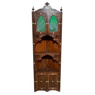 Oratório de Madeira com Detalhes em Verde - 39x200x62cm