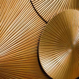 Quadro de Escultura Dourado em Acrílico - 85x135cm