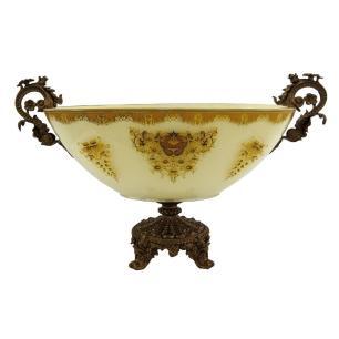 Centro de Mesa em Cristal Branco com Detalhes em Dourado - 30x50x26cm