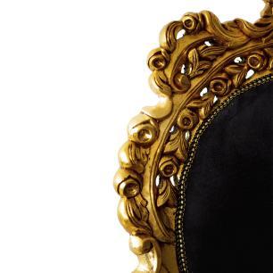 Par de Poltronas Clássica Tipo Luis XV Linha Versalles com Tecido Preto