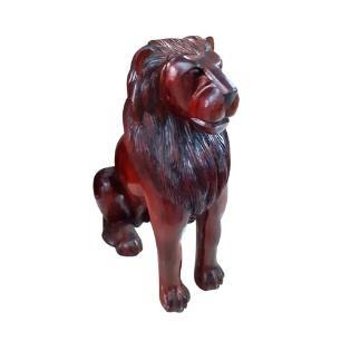 Escultura Decorativa de Leão em Madeira - 0,91x0,47cm