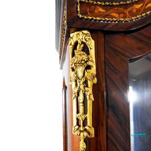 Vitrine em Madeira Marchetada com Detalhes em Bronze - 200x77x46cm