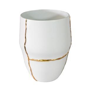 Vaso Decorativo em Porcelana na Cor Branca com Detalhes em Dourado - 40x32cm