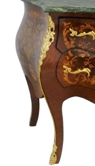 Cômoda Bombê com Apliques em Bronze - 87cm