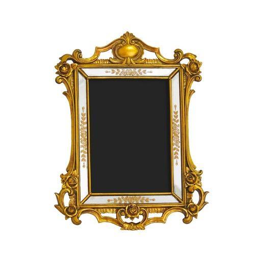 Porta Retrato Revestido em Resina Dourada - 27x20,5cm