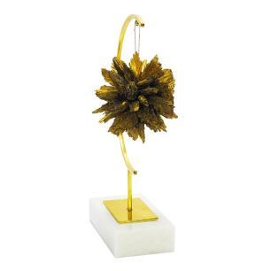 Escultura Decorativa em Metal Dourado e Base de Mármore - 36x16x9cm