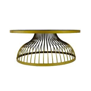 Mesa de Centro em Metal Dourado com Vidro - 40x90cm