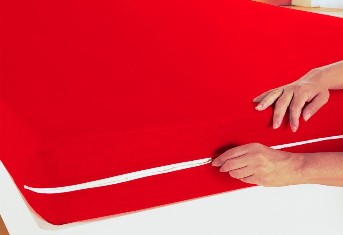 Capa de Colchão Casal Vermelha