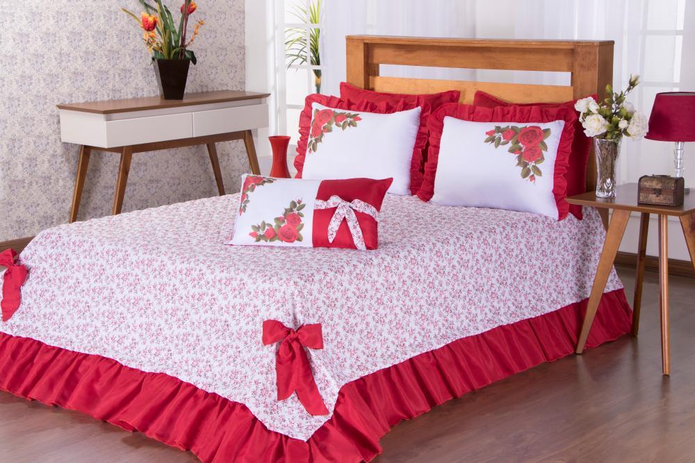 Cobre Leito Queen Mariany vermelho  04 pçs