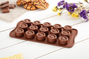 Molde de silicone para chocolate Vertigo com 15 cavidades - Silikomart