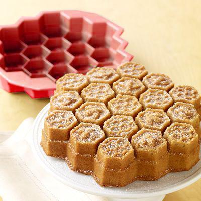 Forma De Bolo Silicone Bee Vermelho Basic Kitchen