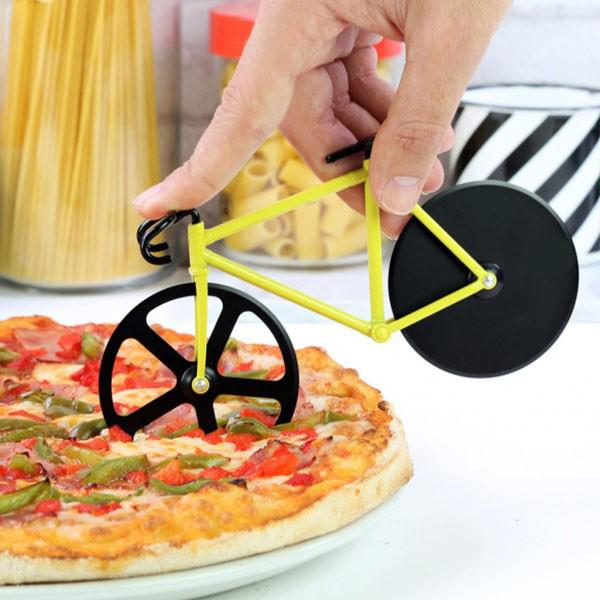 Cortador De Pizza Tipo Bike Amarelo Basic Kitchen