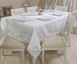 Toalha de Mesa Bordada Retangular 1.70 x 2.20m Delicatta Casa Argivai