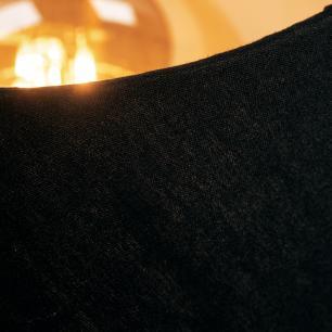Abajur de mesa com carregador usb | Preto com cúpula de tecido preto | Tam: 40cm | Mod: Bias