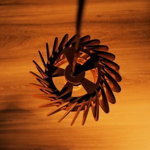 Pendente trio triplo de madeira   Canopla Retangular   21x19cm   Soq: E-27   Café   Mod: Tulipa